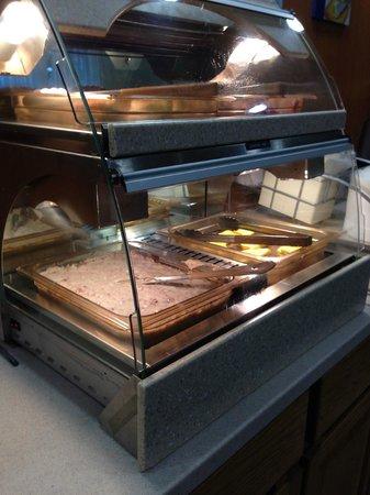 Holiday Inn Express Hotel & Suites Byron : Poor breakfast