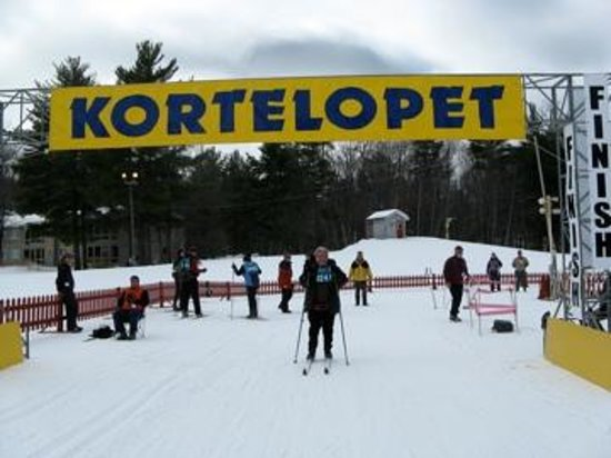 Telemark Resort & Convention Center: Finish of the xc ski race at Telemark Lodge