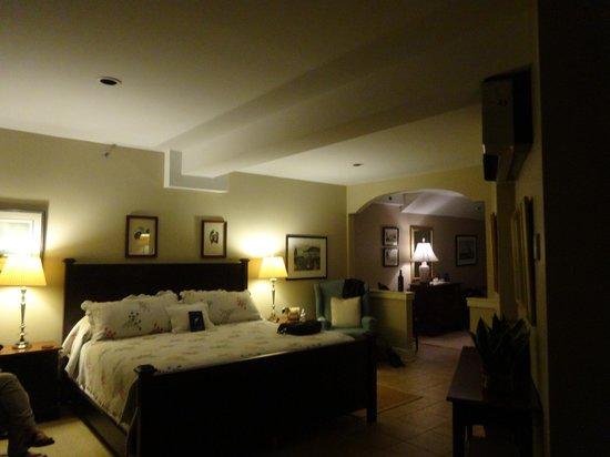 Steamboat Inn: Beautiful comfortable sleeping area