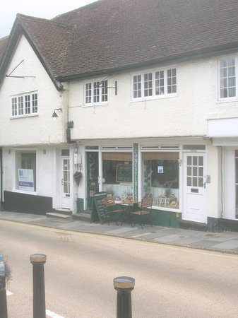South Downs National Park: Comestibles deli/cafe