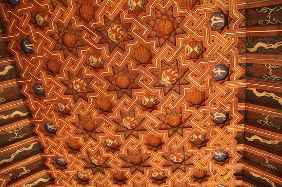 Monastery of San Juan de los Reyes : Cloister ceiling - details