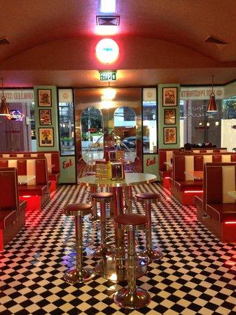 Angel City Diner: great diner look