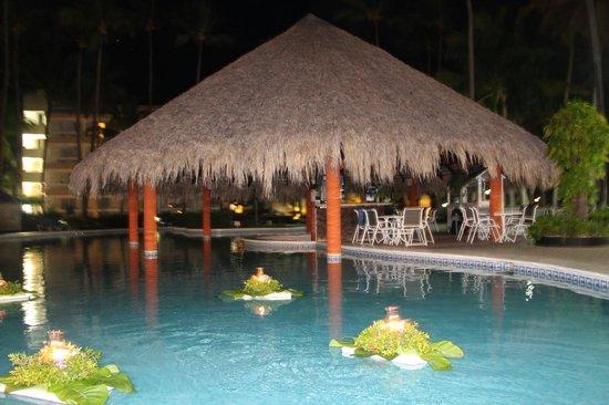 Vista Sol Punta Cana : Бассейн