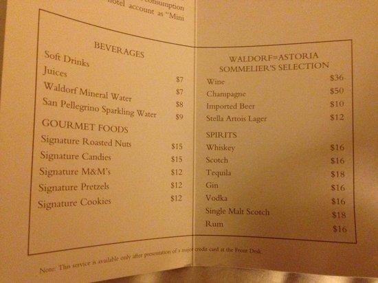 Waldorf Astoria New York: mini bar