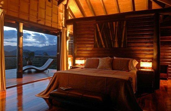 Emaho Sekawa Resort: Villa Emaho - Bedroom