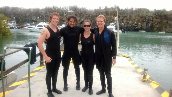 Galapagos Tip Top Dive & Training: Certified!