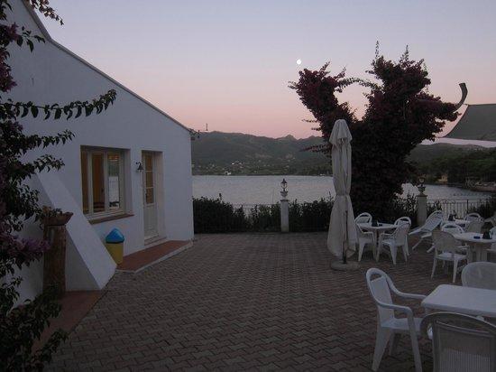 Hotel Grotte del Paradiso : Terrasse, Speisesaal