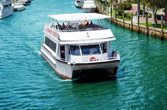 Riverfront Cruises: Cruising Ft. Lauderdale's waterways
