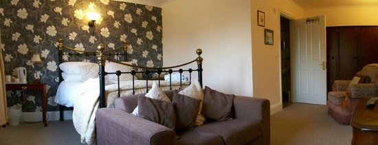 White Horse Ridgewell: Double bedroom