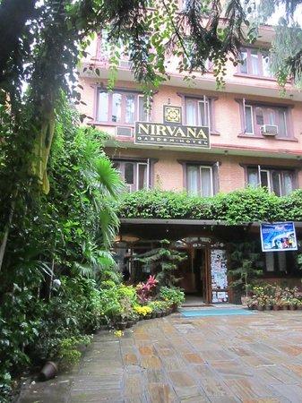 Nirvana Garden Hotel: Nirvana Garden entrance