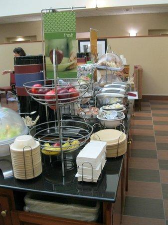 Hampton Inn & Suites by Hilton Rockville Centre: Continental Breakfast
