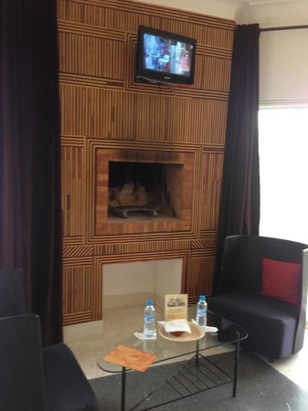 Domaine Malika: In room fireplace
