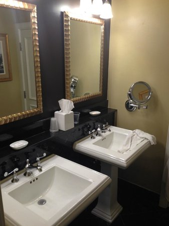 Hotel Mazarin : Bathroom