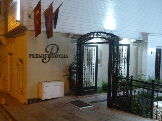 Premist Hotel: Entrada