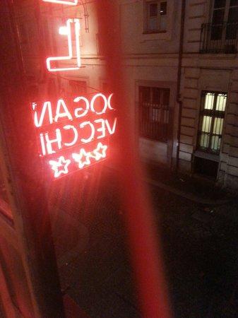 Dogana Vecchia : Hotel a luci rosse..