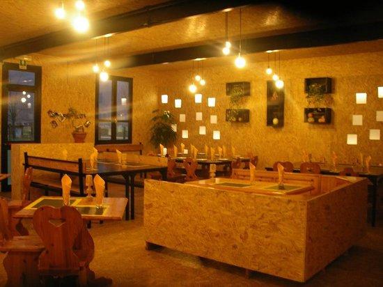 Agriturismo Sentiero Valtellina : interno sala da pranzo