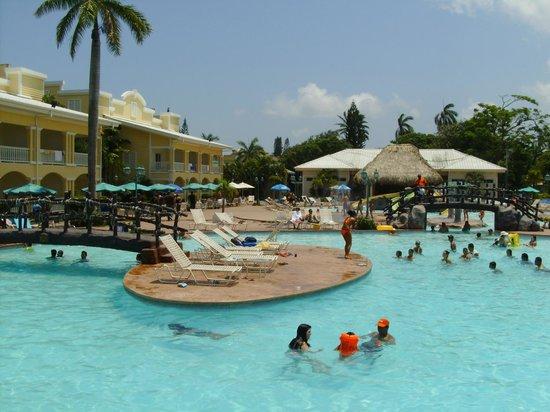 Telamar Resort : Piscina