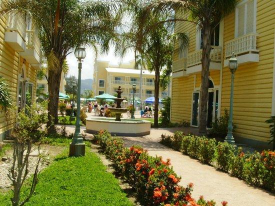 foto de telamar resort tela salida a la playa tripadvisor On villas telamar precios