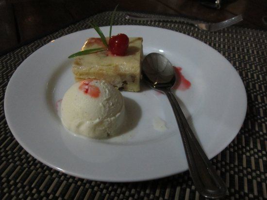 The Villas at Sunset Lane: Dessert