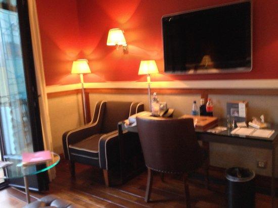 Hotel 1898: Room