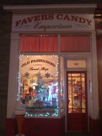 Favers Ice Cream Parlour Sweetie Shop and Cafe