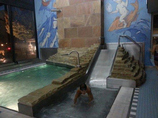 Hapimag Resort Interlaken: Area bimbi piscina