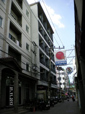 H Boutique Hotel : Hotel from outside