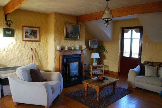 Atlantic View Cottages: Living Room - 3 Bed