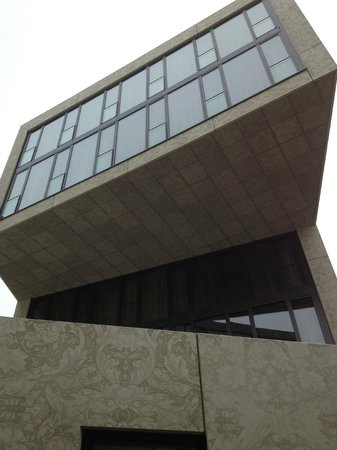 Das Stue: modern extension