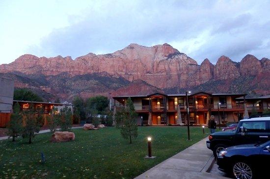 La Quinta Inn & Suites at Zion Park / Springdale: Day time view