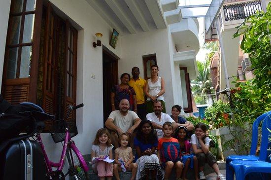 ChristVille Homestay: La famille