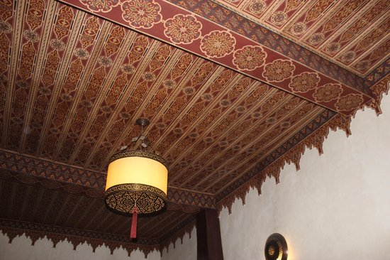 Dar Silsila : Stunning ceilings around the riad