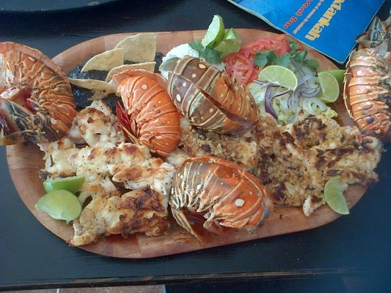 Oxtankah: Lobsters!  Deliciosos platillos para disfrutar en familia