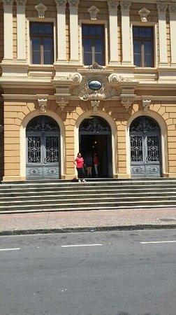 Memorial Minas Gerais – Vale: Próximo a praça da Liberdade
