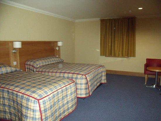 Ardgartan Hotel: room 206