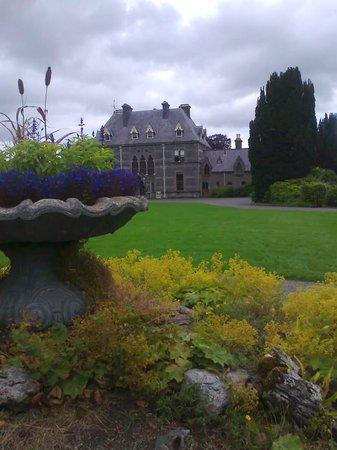 Irlands nationalmuseum: Turllough House in Summer