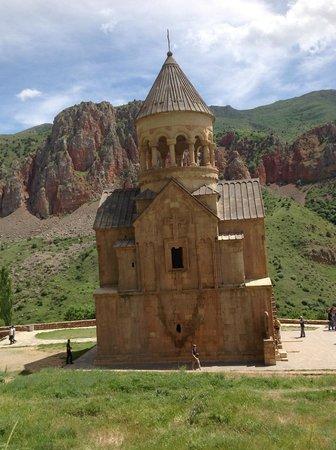 Royal Tulip Grand Hotel Yerevan: Noravank kirke i Armneia fra 13 århundre- Fin dagstur fra hotellet