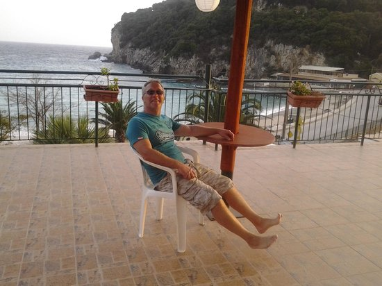 Apollon Hotel: terrace