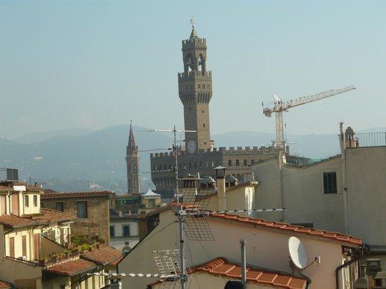 Florence Old Bridge B&B: Vista del Palazzo Vecchio desde la terraza