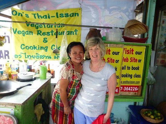 On's Thai Issan: On & me in her kitchen