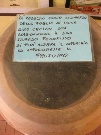 Tuscan Wine School - Siena: Pecorino!  The aging process.