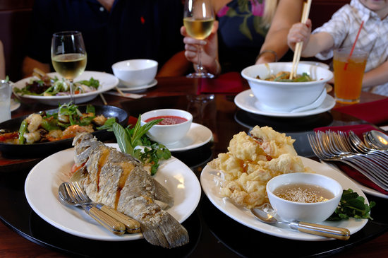 The Executive Inn: Emerald Gardens onsite Chinese restaurant