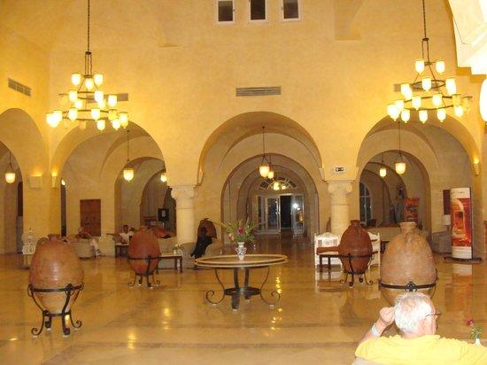 Winzrik Resort & Thalasso Djerba : hol przy recepcji