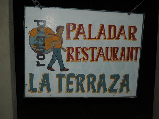 la terraza: The sign