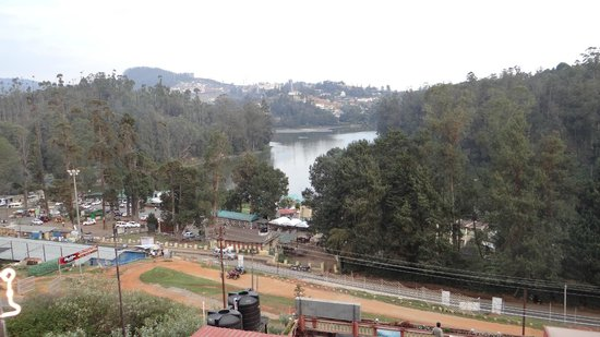 Hotel Darshan Ooty: View from the hotel