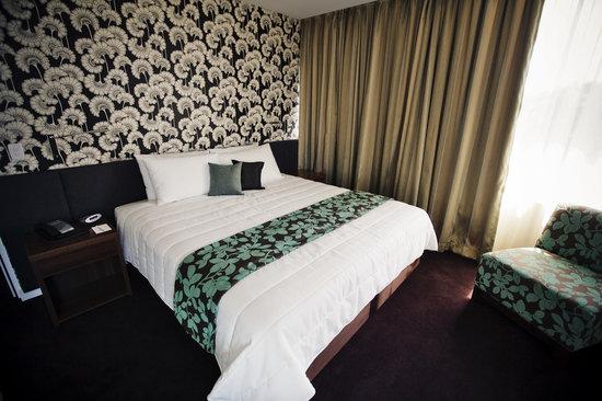 The Gateway Inn: Deluxe Room