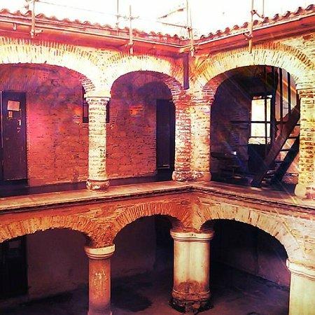 Urbanimia - Day Tours: Claustro de la Escuela de Música José Ángel Lamas