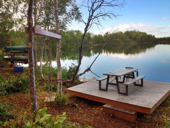 Alaska Serenity Lodge : lakefront fun