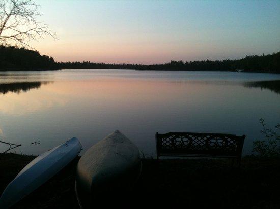Alaska Serenity Lodge : Amazing lake front views
