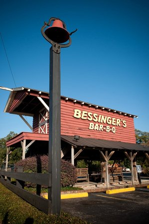 ‪Bessinger's Barbecue‬
